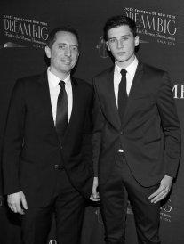 Gad Elmaleh présente son fils, Noé, à New-York