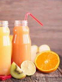 Cinq idées reçues sur les jus de fruits