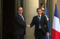 Consultations post-Brexit: Hollande reçoit Sarkozy à l'Elysée
