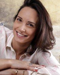 Qui est Julia Vignali, la nouvelle présentatrice du Meilleur Pâtissier ?