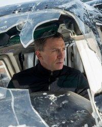 James Bond : Daniel Craig prêt à rempiler ?