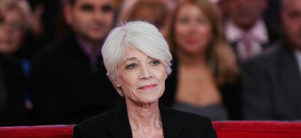 """Françoise Hardy se confie sur sa maladie dans le livre """"Un cadeau du ciel"""""""