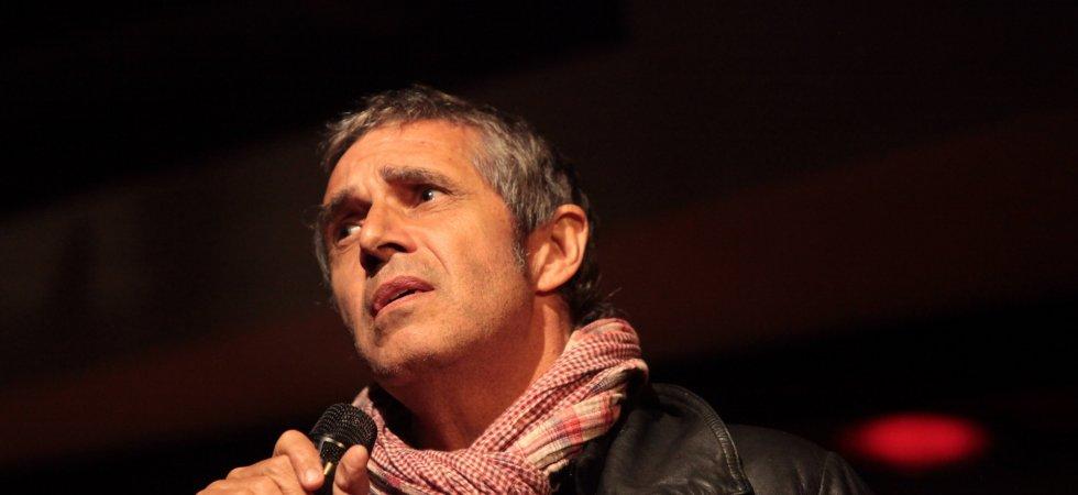 """Julien Clerc revient avec le single """"Entre elle et moi"""", dédié à sa femme"""