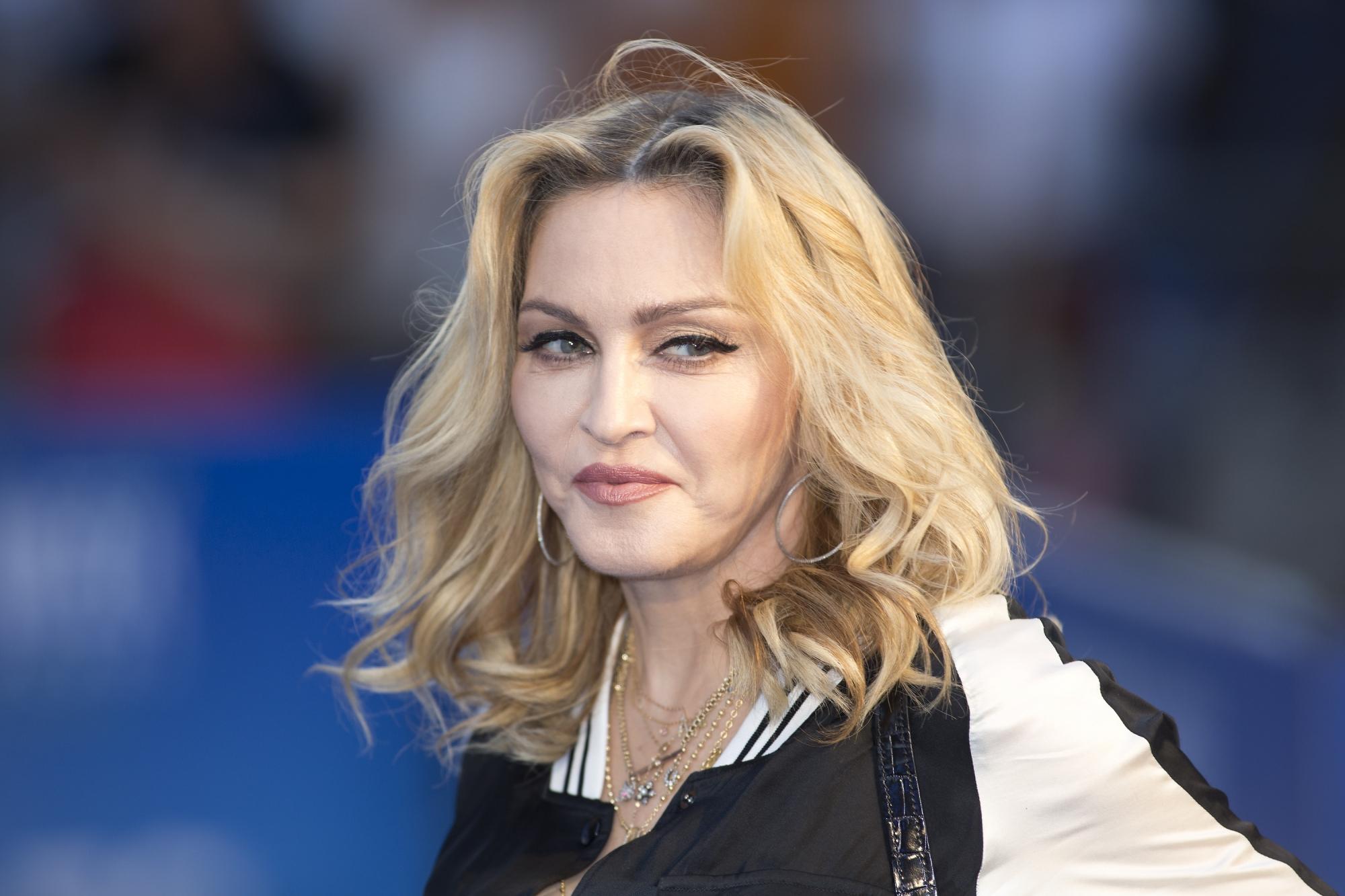 Carpool Karaoké : Madonna révèle avoir embrassé Michael Jackson