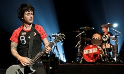 Green Day dévoile le single