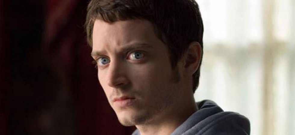 Elijah Wood joue les poètes dans Set Fire To The Stars