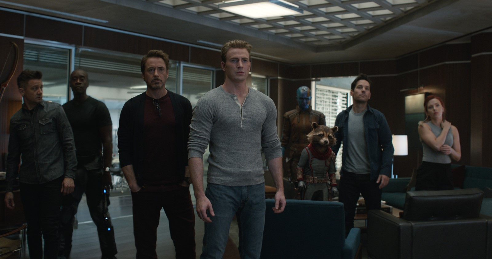 Endgame rapporte environ 1,2 milliard de dollars ce week-end — Avengers