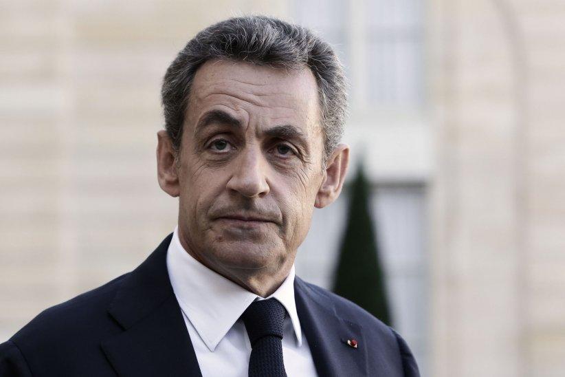 Nicolas Sarkozy reçu par François Hollande à l\