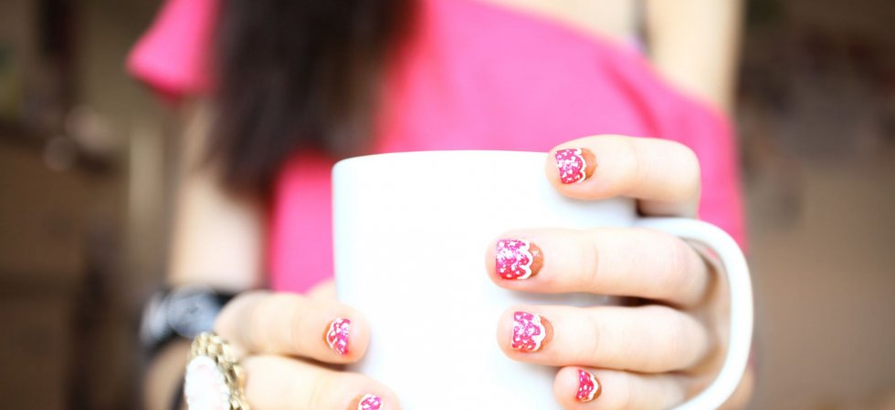 Sweater nails : mettez vos ongles à l'heure d'hiver !