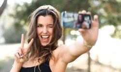 Selfie : pourquoi on est accro ?