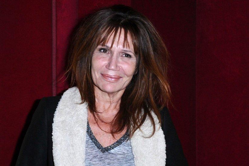 Clementine Célarié assiste à la première de la série Vestiaires à Paris, en 2013.