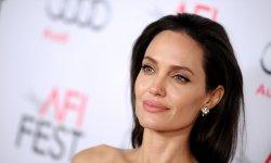 Angelina Jolie :