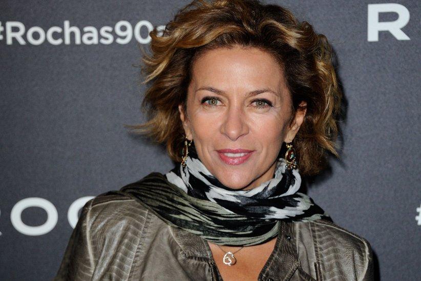 Corinne Touzet participe à la soirée dédiée au 90e anniversaire de la marque Rochas, à Paris, en septembre 2015.
