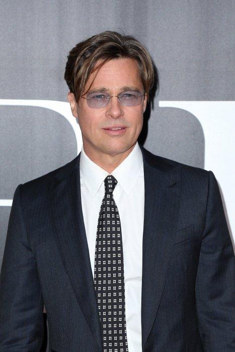 """Brad Pitt à la première du film """"The Big Short"""" au théâtre Ziegfeld à New York, le 23 novembre 2015."""