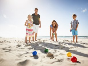 Dix jeux de plage en famille