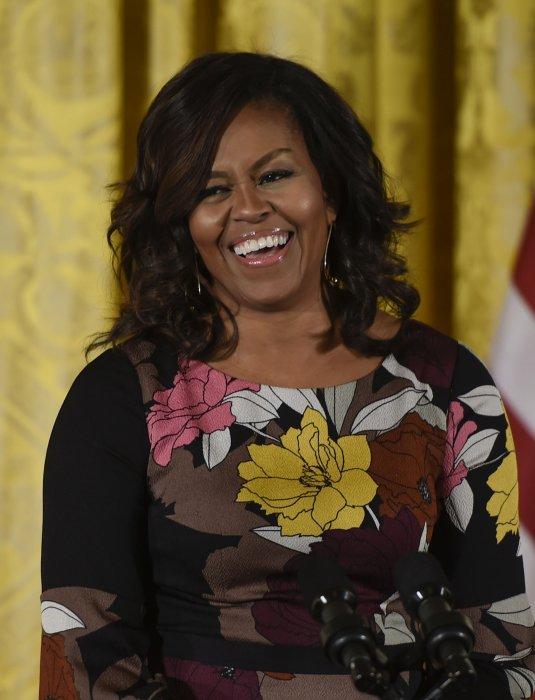 Michelle Obama donne un discours lors d\