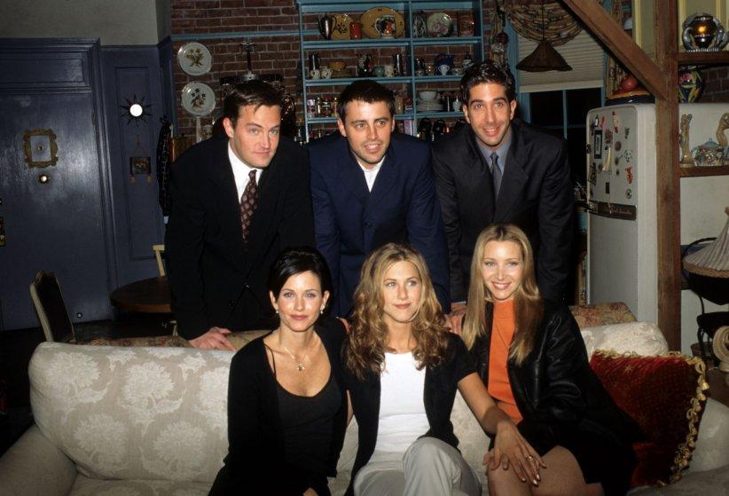 Les acteurs de  Friends  au sein du célèbre appartement de la série.