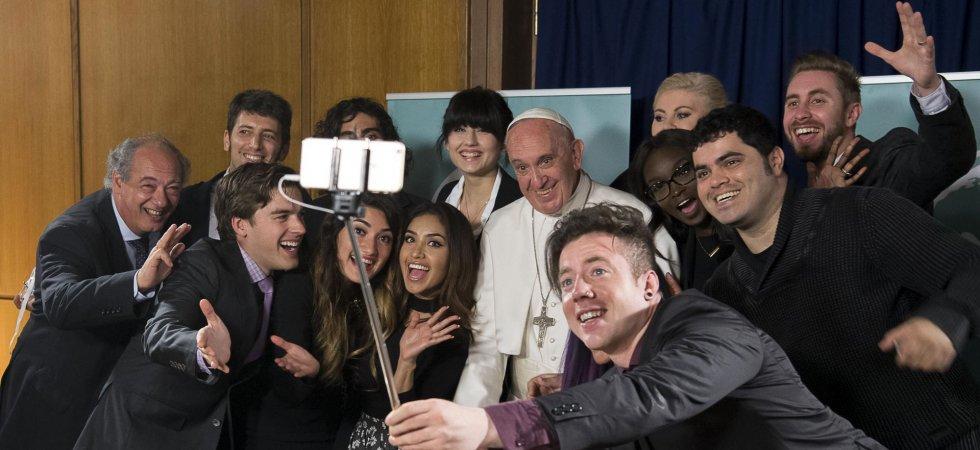 Quand le pape François félicite les Youtubeuses beauté