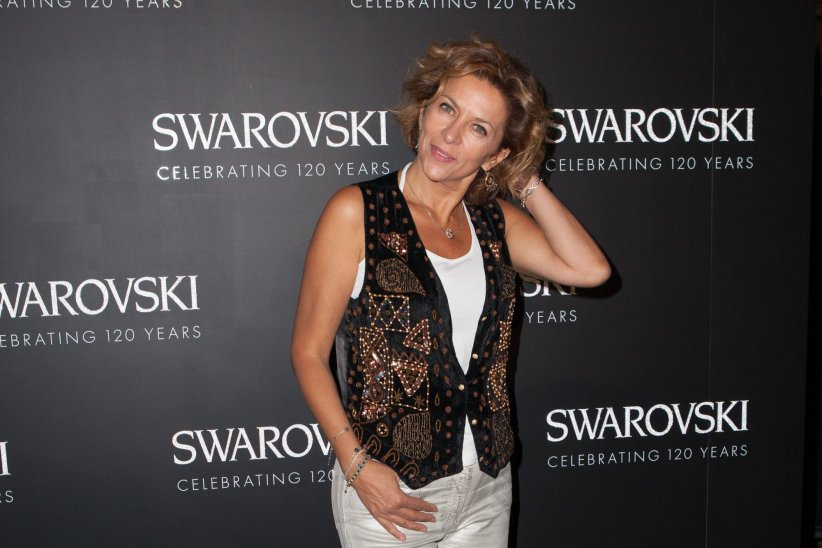 Corinne Touzet assiste au 120e anniversaire de la marque Swarovski à Paris, le 30 septembre 2015.