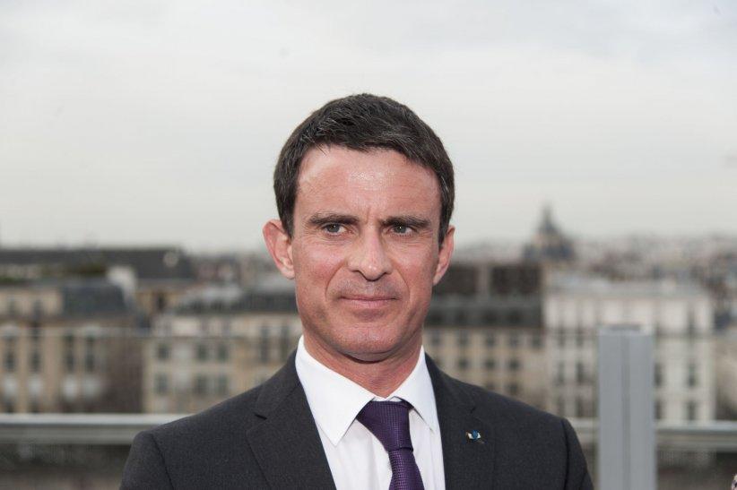 Manuel Valls assiste à l\