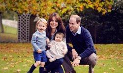 Kate et William posent en famille pour Noël