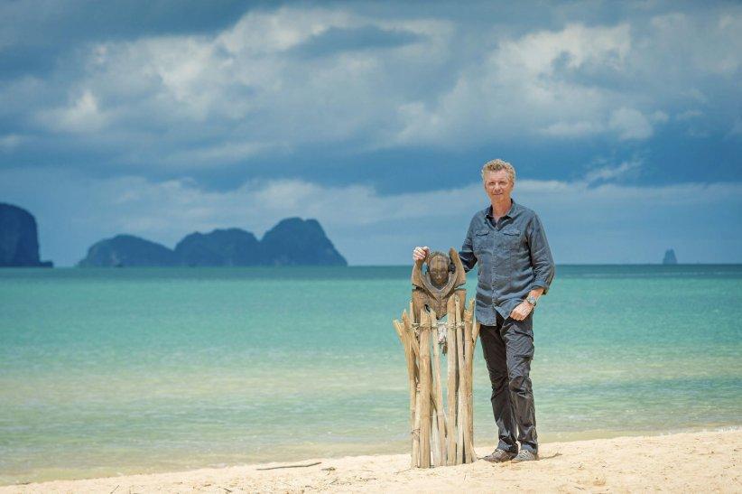 Denis Brogniart, sur le tournage de la 15e saison de Koh Lanta, en 2015.