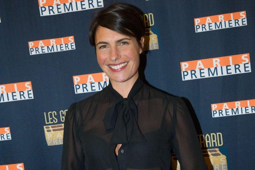 Alessandra Sublet pose lors de la 9e cérémonie des Gérard de la télévision, le 19 janvier 2015 à Paris.