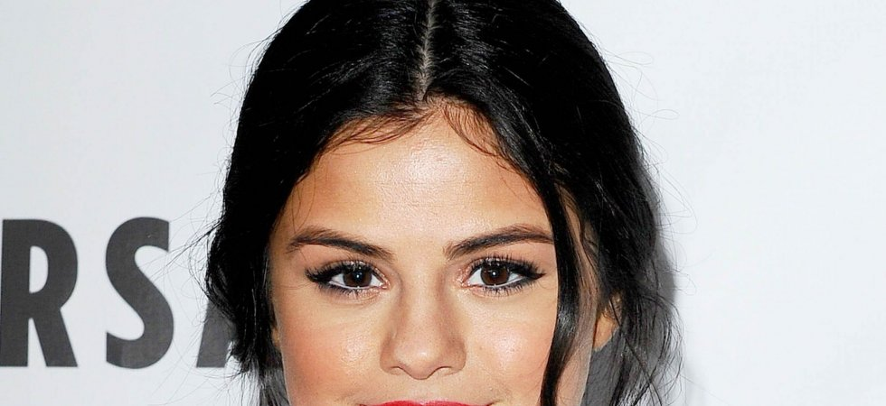 Selena Gomez, mise en beauté glamour lors du gala Spirit Of Life