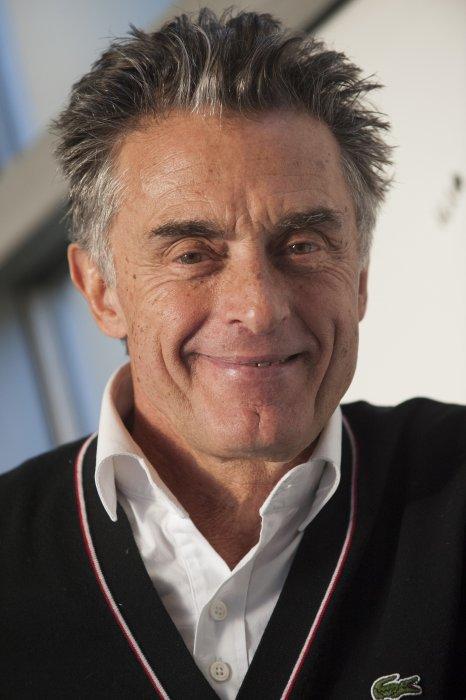 Gérard Holtz en marge du Téléthon à Paris, le 13 novembre 2014.