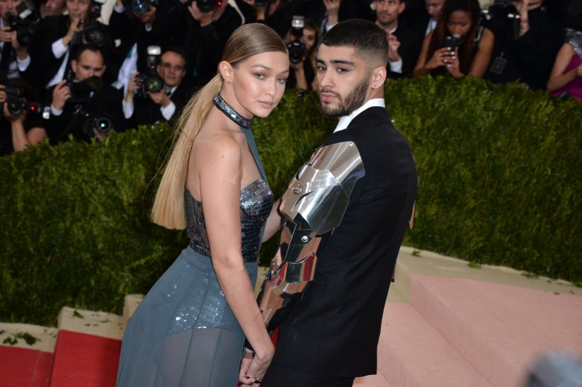 Zayn Malik et Gigi Hadid arrivent au MET Gala de New York, le 2 mai 2016.
