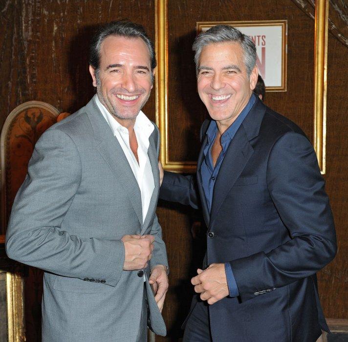 Jean Dujardin et George Clooney lors du photocall du film  The Monuments Men , à l\