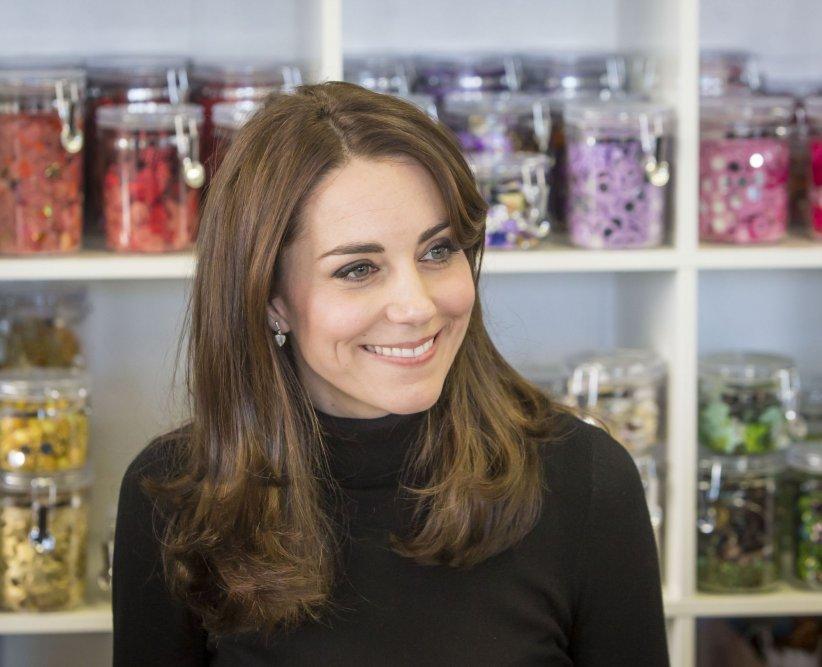 Kate Middleton rend visite aux élèves de la Craigmount High School d\
