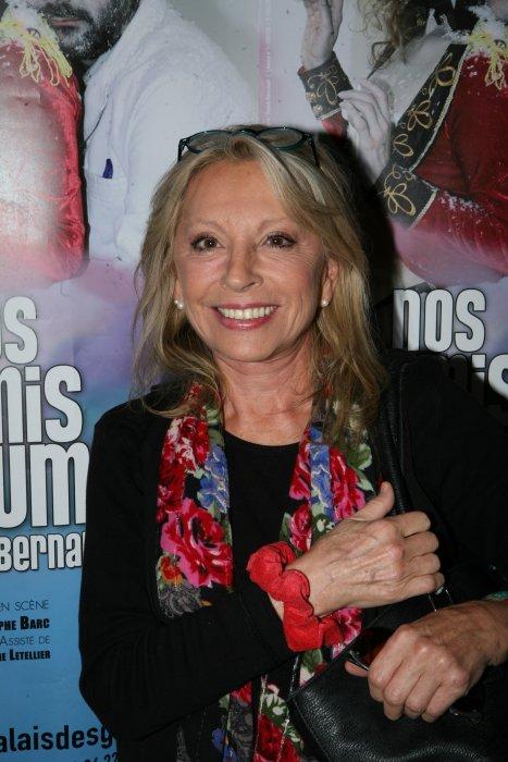 """Véronique Sanson lors de la première de la pièce de théâtre """"Nos amis les Humains"""" de Bernard Werber au Palais des glaces à Paris, le 22 septembre 2016."""