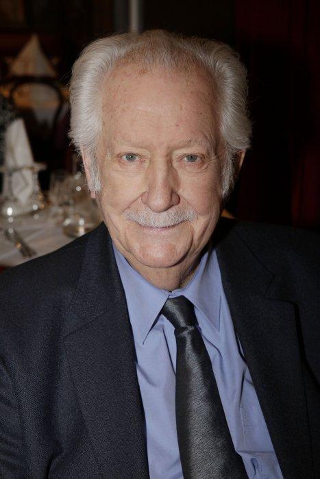 Pierre Bellemare assiste à la remise de prix Alphonse Allais, au restaurant La Crémaillère à Montmartre, le 19 janvier 2015.