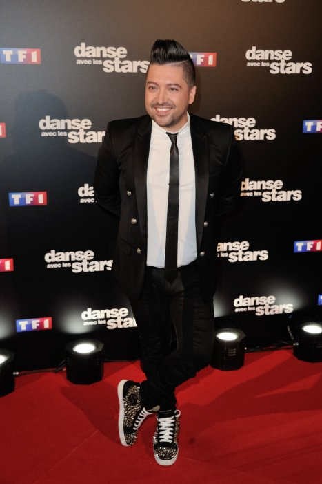 Chris Marques pose au photocall Danse avec les Stars à TF1 à Paris, le 28 septembre 2016.