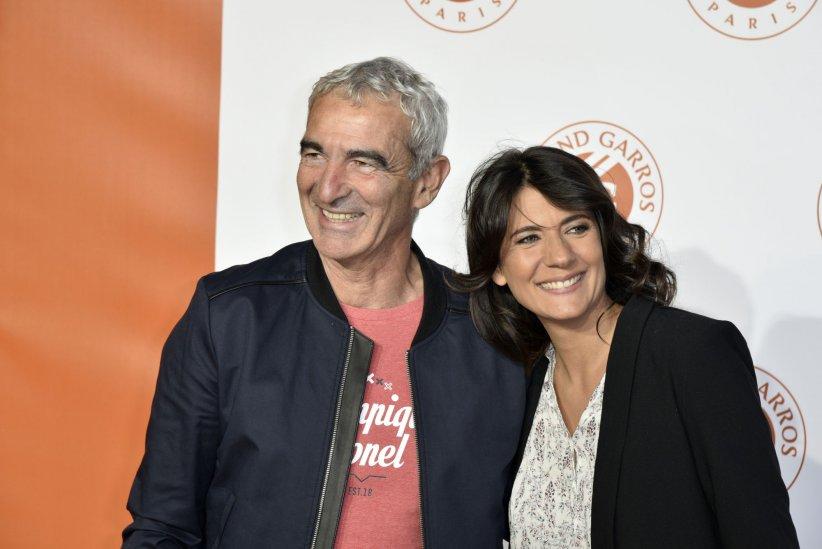 Raymond Domenech et Estelle Denis lors de la soirée Roland-Garros, au Petit Palais à Paris, le 19 mai 2016.
