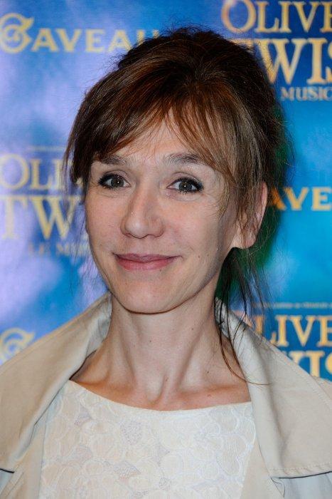 Virginie Lemoine assiste à la première de la comédie musicale Oliver Twist à la salle Gaveau à Paris, le 26 Septembre 2016.