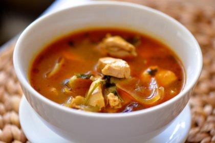Soupe de tomate au poulet