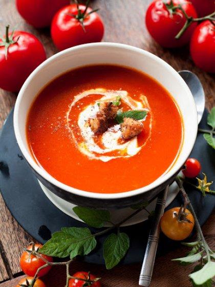 Soupe à la tomate et tomates sechées