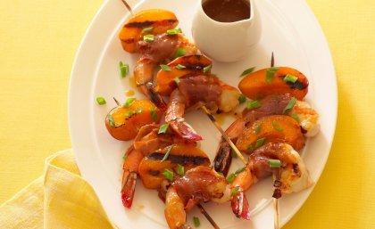 Brochettes de crevettes et abricots tandoori