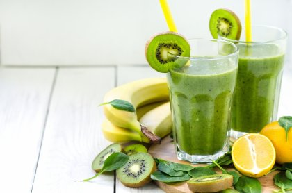 Smoothie banane, kiwi, citron