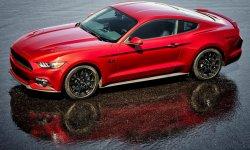 Camaro contre Mustang : Chevrolet devant