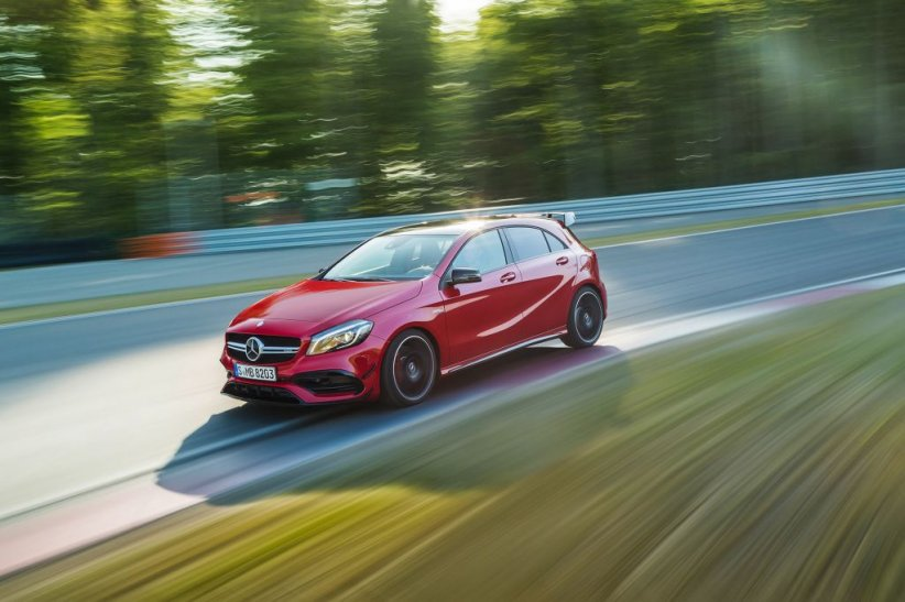 1ère : Mercedes-AMG A 45 4Matic