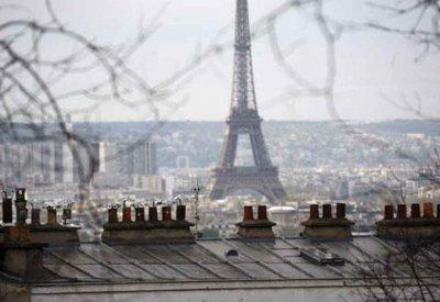 Emmanuelle Cosse veut renforcer les contrôles sur l'encadrement des loyers à Paris