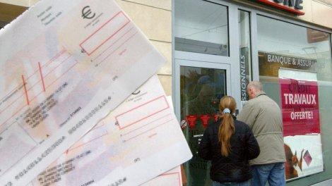 La Duree De Validite Des Cheques Bancaires Reduite D Un An A Six Mois