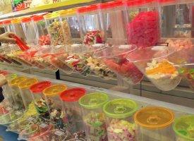 """Bonbons : les enfants largement exposés à l'E171, nanoparticule """"cancérigène possible"""""""