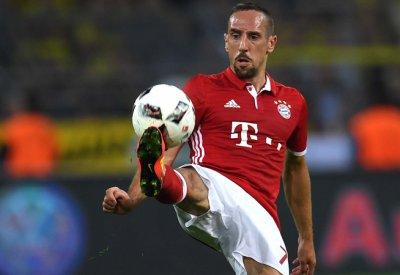 Franck Ribéry a rendu visite à Théo pour lui offrir le maillot du Bayern Munich