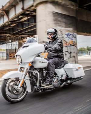 Harley-davidson Street Glide Special 107