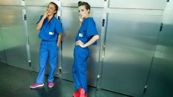 Workingirls à l'hôpital