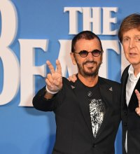 Les ex-Beatles Paul McCartney et Ringo Starr à nouveau réunis en studio